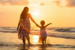 Définition métier EJE : mission d'accueillir et accompagner les familles